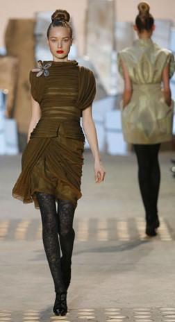 Christian Lacroix: одежда от-кутюр для обычного потребителя